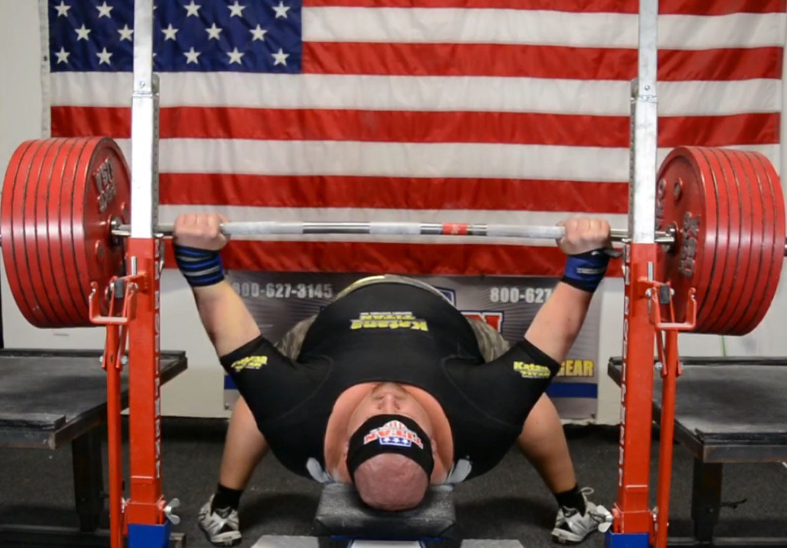 equipped bench press